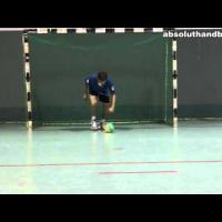Coordination training with one handball (2)